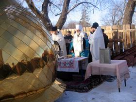 21 декабря 2006 года в поселке Бёрды города Оренбурга состоялось освящение креста на купол строящегося храма в честь Казанской иконы Божией Матери.