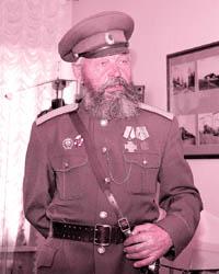 На торжественном открытии выставки присутствовали казаки возрожденного Оренбургского войска, горожане, подарившие музею домашние реликвии