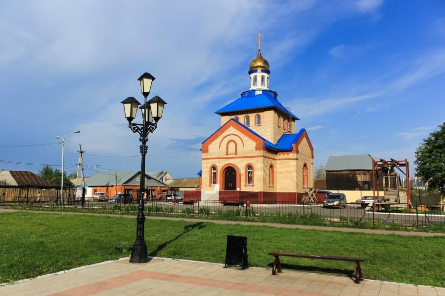 4 июня 2005 года, рядом с местом разрушенного храма, состоялась закладка первого камня в основание нового шестнадцати метрового храма во имя Казанской иконы Божией Матери