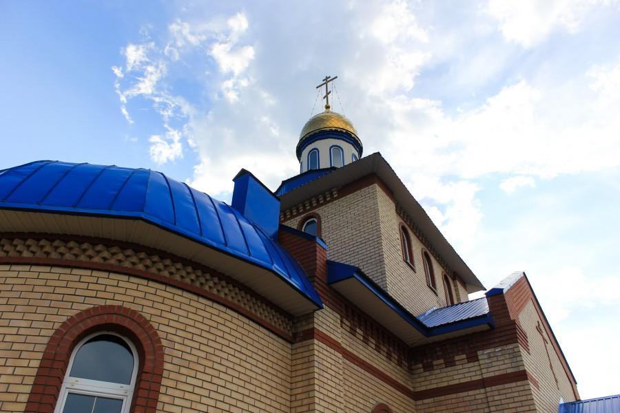 Храм Казанской Иконы Божией Матери поселок Берды 2013 год