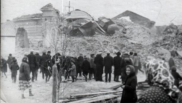 Храм Казанской Иконы Божией Матери поселок Берды 1966 год
