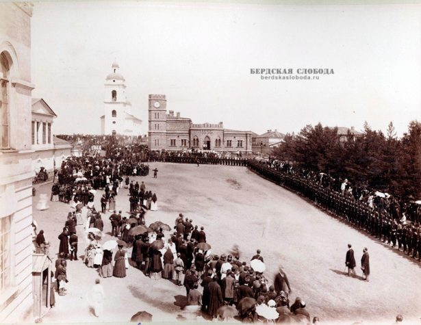 Крестный ход, Оренбург. Фото начала ХХ века.