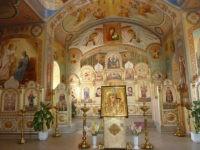 Внутреннее убранство храма Казанской иконы Божией Матери