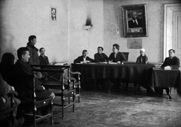 Заседание народного суда, 20-е годы XX века