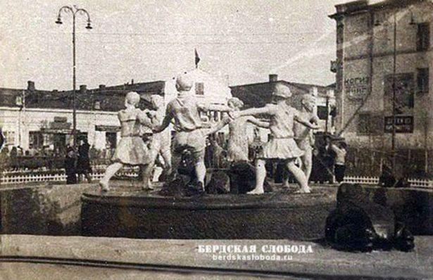 """Фонтан """"Бармалей"""" в сквере имени Полины Осипенко в Оренбурге"""