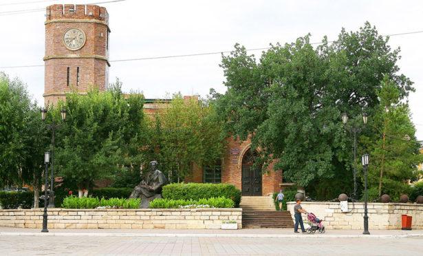 Музей истории Оренбурга - один из главных, старейших и оригинальных архитектурных памятников города.