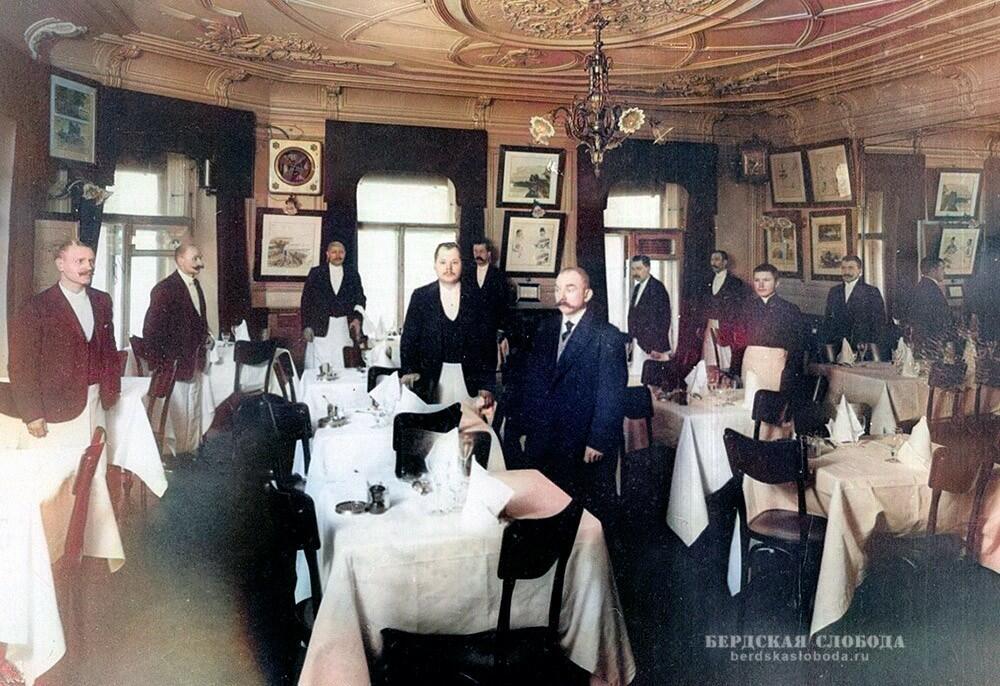 """Так выглядели дореволюционные рестораны. На снимке: ресторан """"Вена"""", Санкт-Петербург, начало XX века."""
