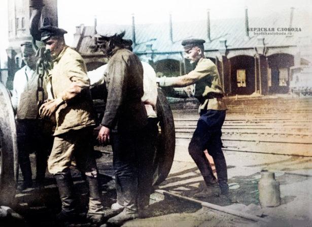 Коммунистический субботник в депо станции Оренбург, 1919 год