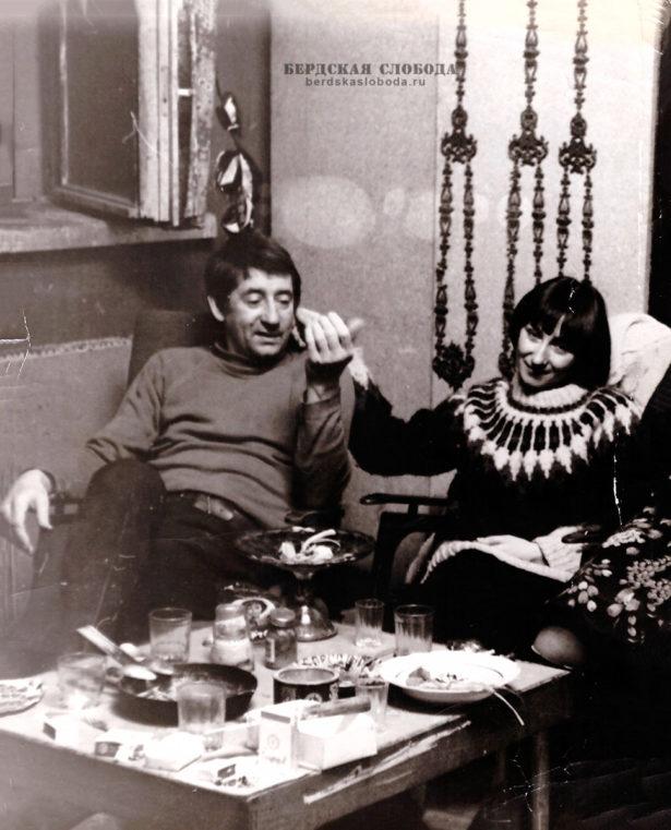 Михаил Георгиевич Пушкин, со своей гражданской женой.